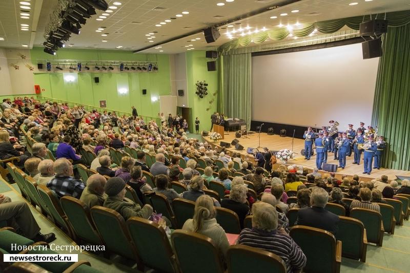 В Сестрорецке отметили 74-ю годовщину освобождения города от блокады
