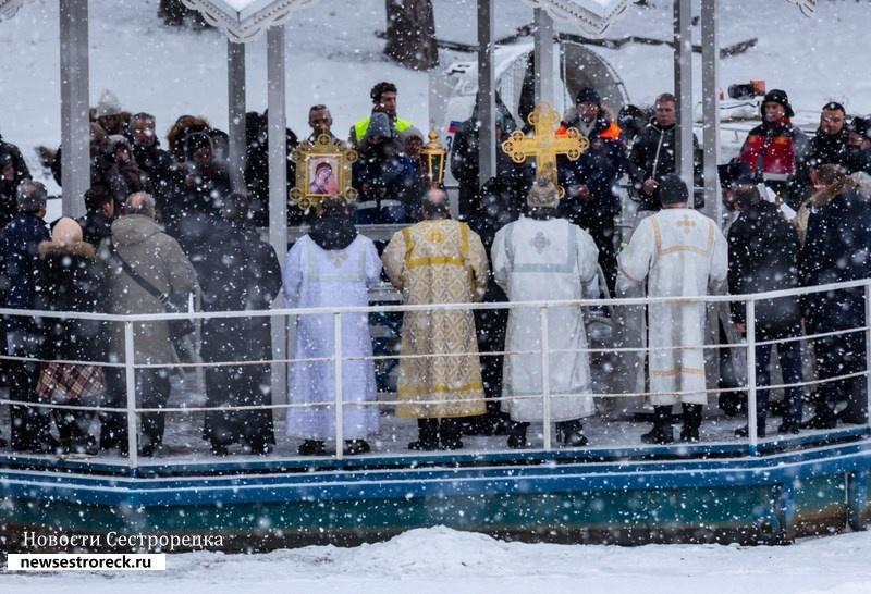 В Сестрорецке состоялись Крещенские купания